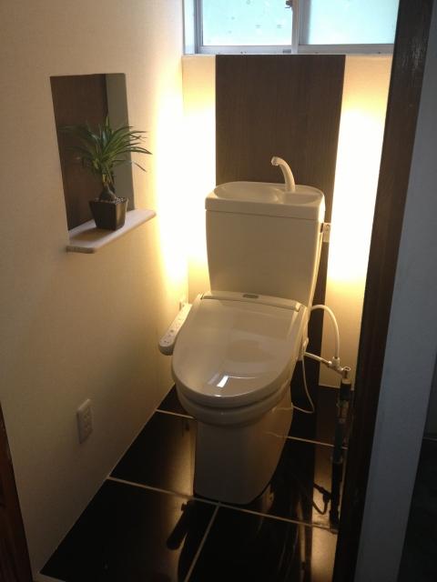 ホテルのようなおしゃれなトイレ空間に となりのエイト有限会社符川